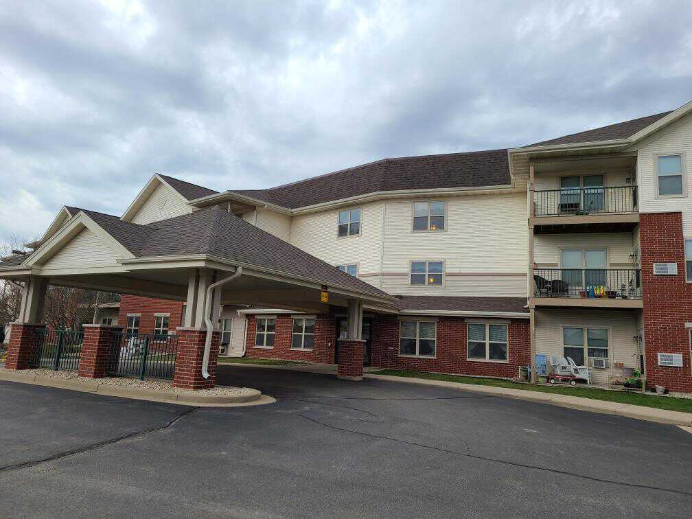 sedgemeadow senior housing residential roofing install elkhorn wisconsin